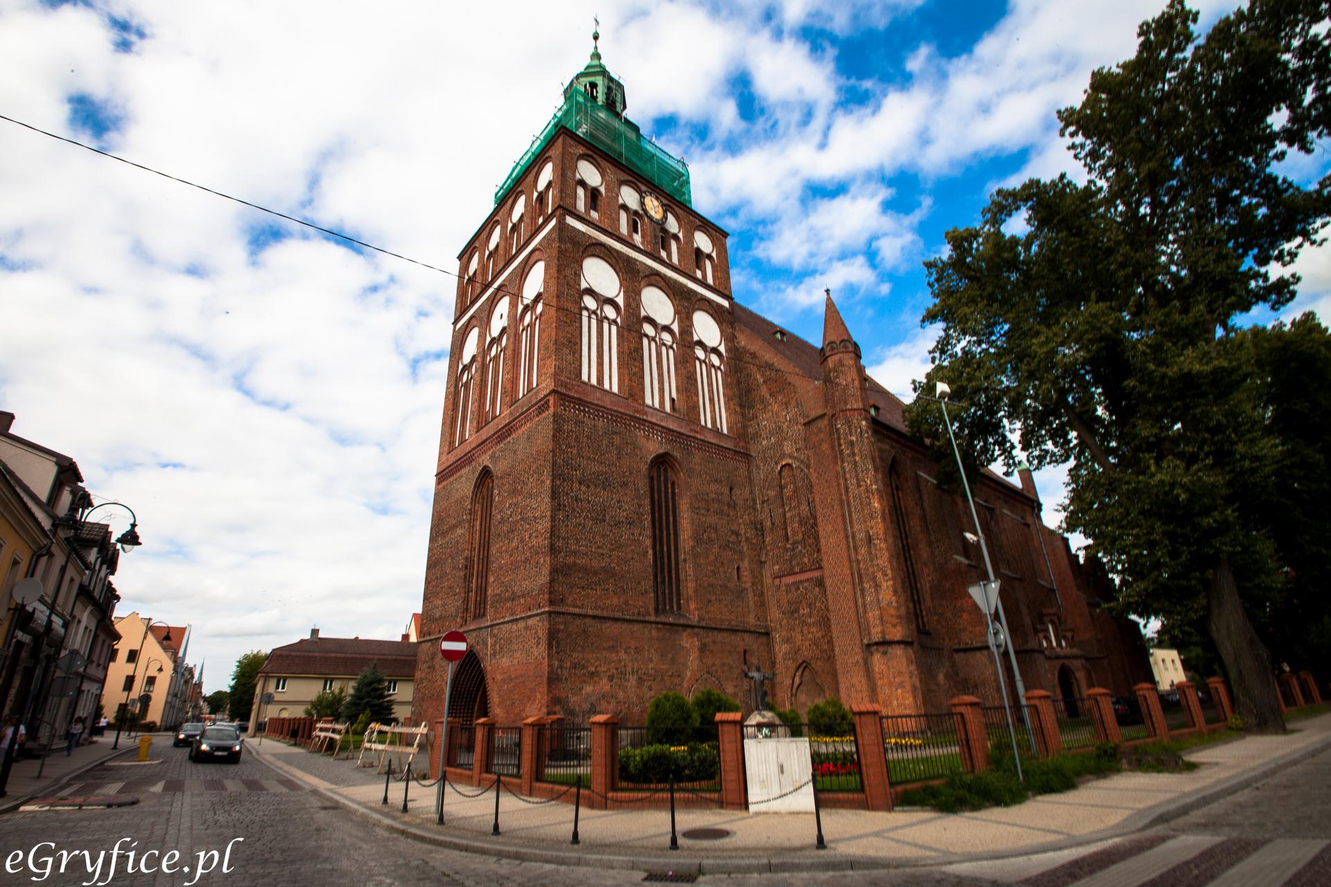 duży kościół w Gryficach