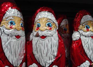 świąteczne towary w sklepach