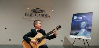 sukces młodego gitarzysty