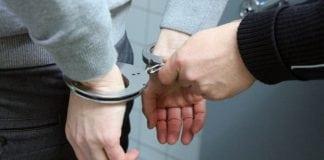 W Trzebiatowie zatrzymano dwójkę mężczyzn, którzy napadli na turystę. Za popełnione przestępstwo grozi im do 12 lat pozbawienia wolności.
