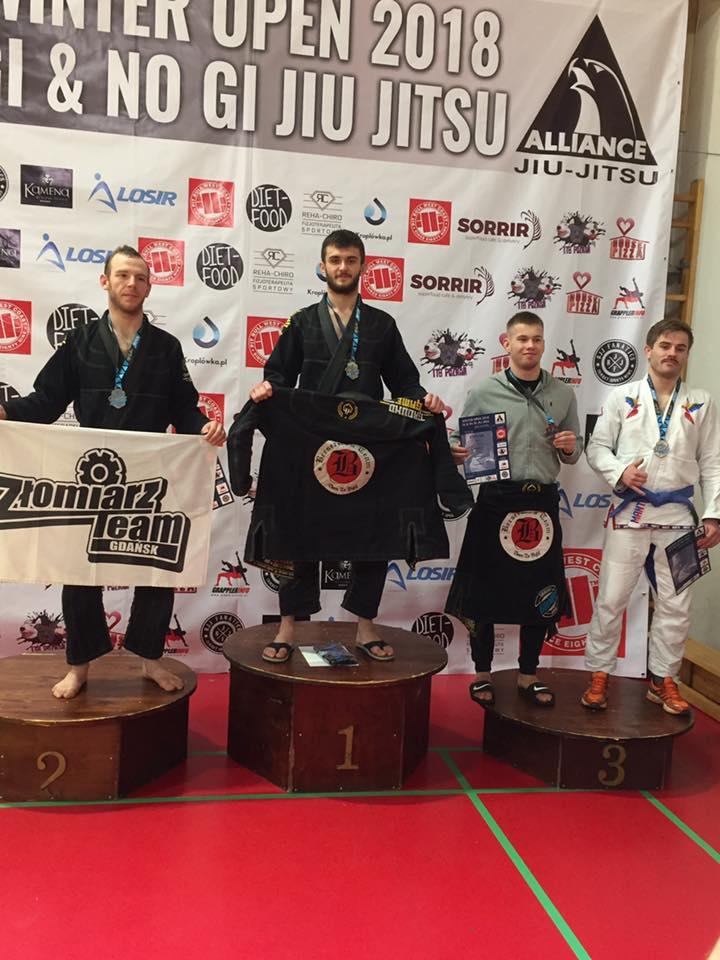 Mateusz Binięda zdobył kolejny złoty medal w brazylijskim jiu-jitsu. Gratulujemy!