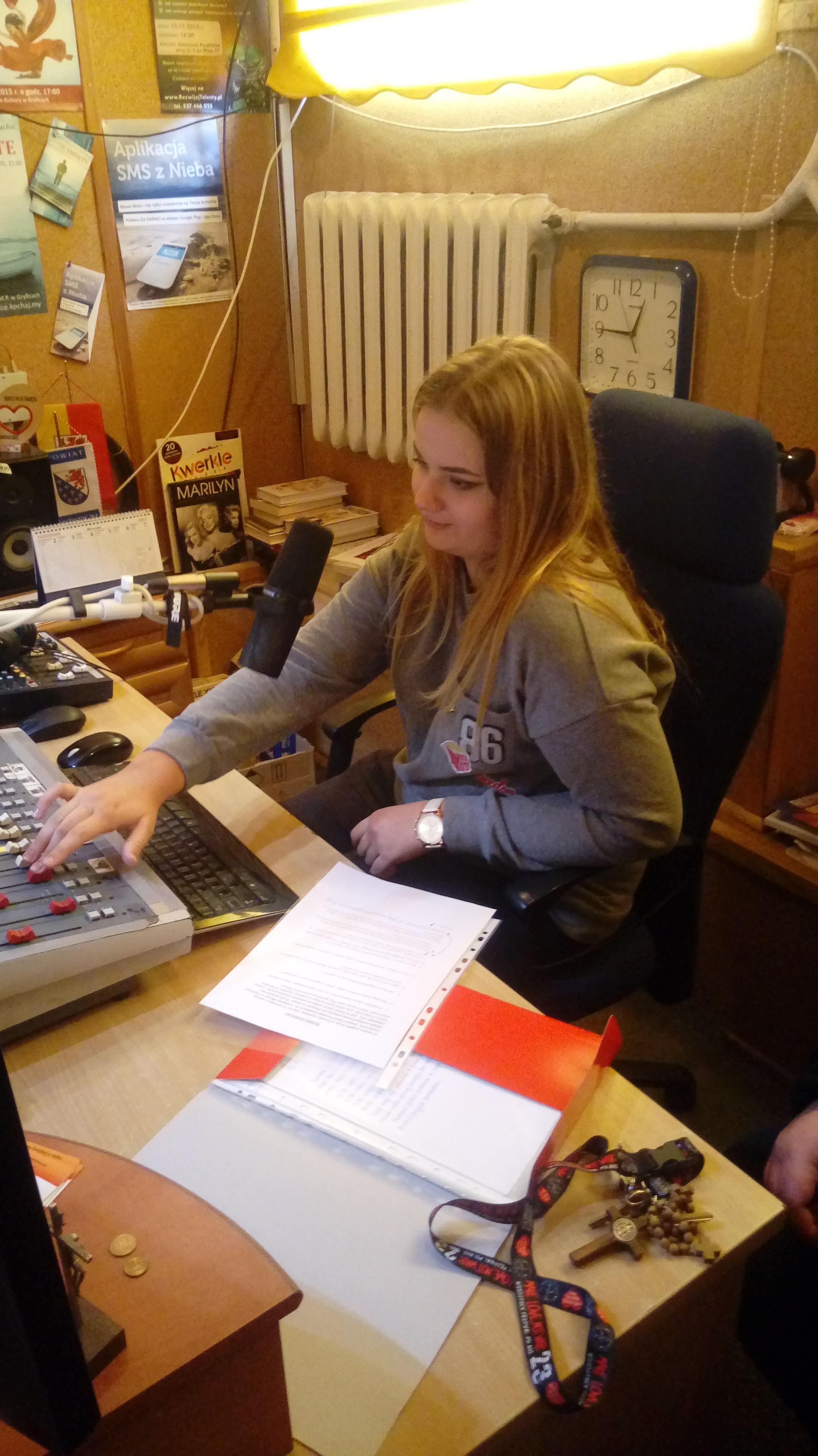 julia świątcza w gryfickim radiu