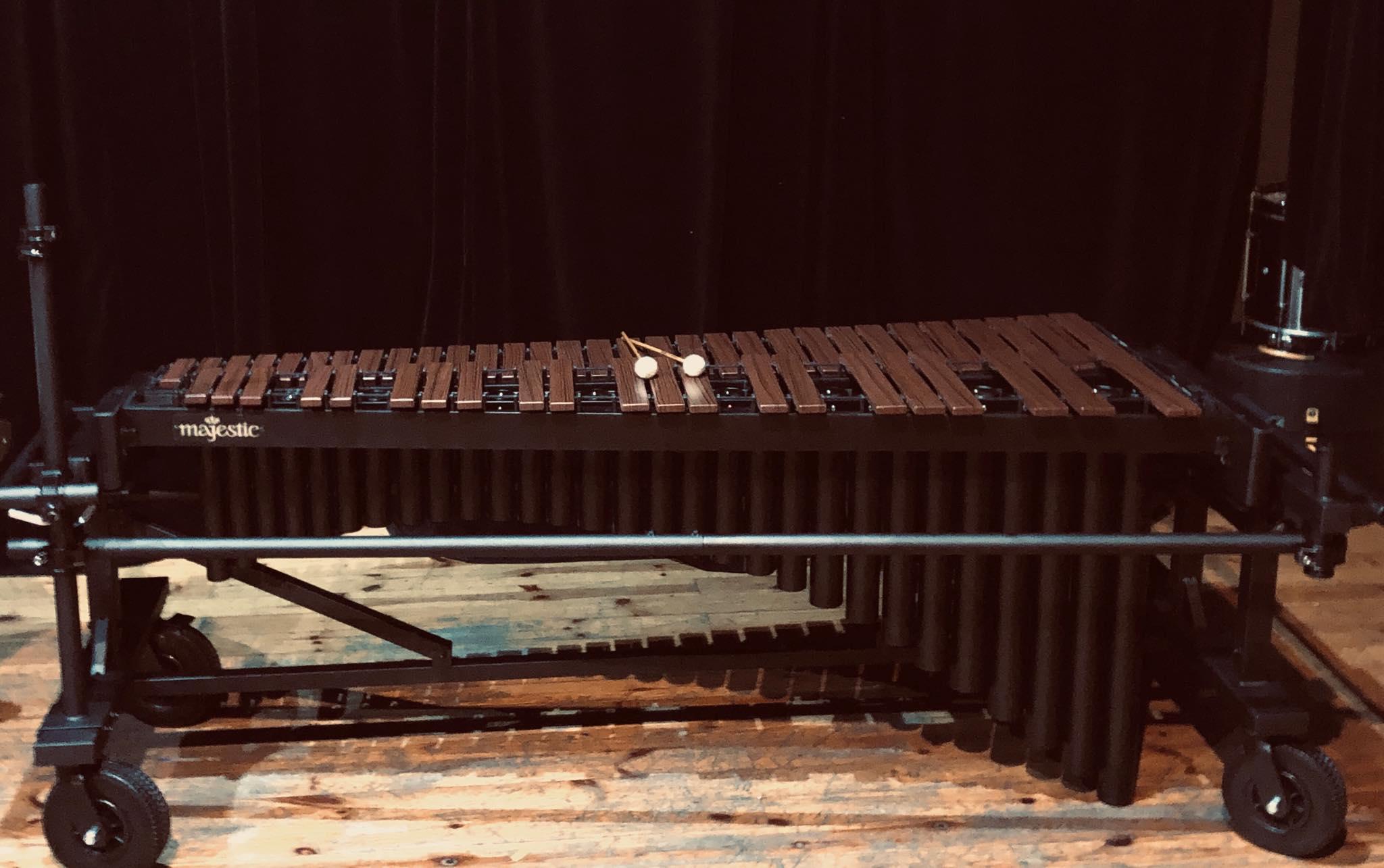 nowe instrumenty red swing low