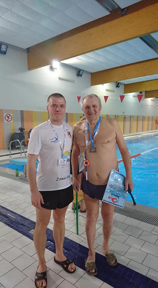 Najstarszy uczestnik Otyliady 2019 w Gryficach, pan Zenon Wyrwiński. Fot. Basen Pływalnia Gryfice.