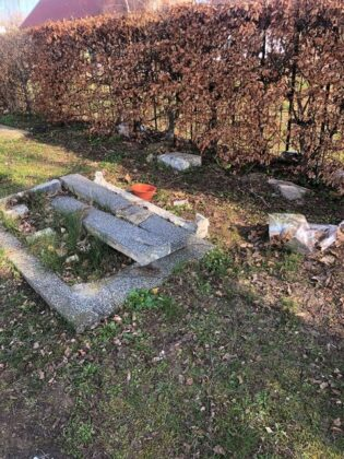 cmentarz Trzebiatów