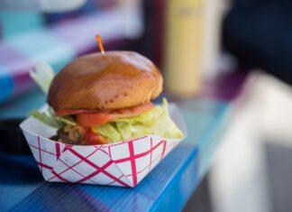 food truck burger jedzenie