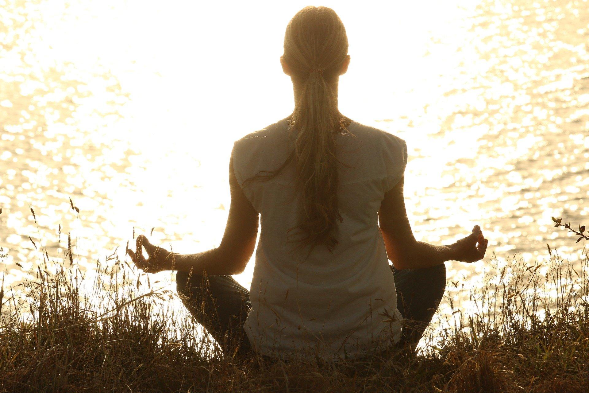Techniki relaksacyjne mają wiele korzyści dla naszego zdrowia