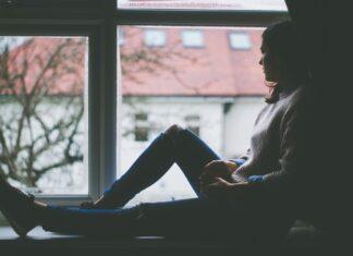 depresja dziewczyna samotność